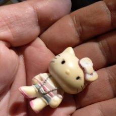 Figuras de Goma y PVC: FIGURAS DE PVC MUÑECA HELLO KITTY MUÑECO PLASTICO DURO. Lote 222262493