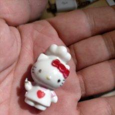 Figuras de Goma y PVC: FIGURAS DE PVC MUÑECA HELLO KITTY MUÑECO PLASTICO DURO. Lote 222262531