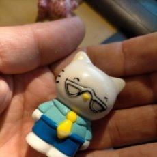 Figuras de Goma y PVC: FIGURAS DE PVC MUÑECA HELLO KITTY MUÑECO PLASTICO DURO. Lote 222262777