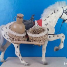 Figuras de Goma y PVC: CABALLO CON ALFORJAS LINEOL? PECH? LAFREDO ?. Lote 222369735
