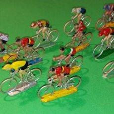 Figuras de Goma y PVC: CICLISTAS - PLASTICO - SOTORRES - VUELTA CICLISTA-. Lote 222377748