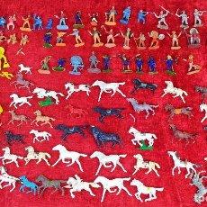 Figuras de Goma y PVC: GRAN LOTE DE FUERTE Y FIGURAS DE INDIOS, SOLDADOS, COW BOYS Y OTROS. ESPAÑA. CIRCA 1940. Lote 222437897