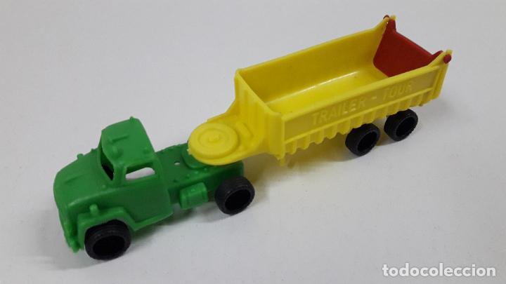 Figuras de Goma y PVC: GRANDES TRANSPORTES - CAMION TRAILER - TOUR . MARCA VAM - ZARAGOZA . JUGUETE KIOSKO AÑOS 70 - Foto 2 - 222441163