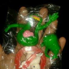 Figuras de Goma y PVC: LOTE FIGURAS PVC GOMA CAZAFANTASMAS GOSHTBUSTERS YOLANDA COLUMBIA AÑO 1984 LOGO Y MOQUETES. Lote 230717405