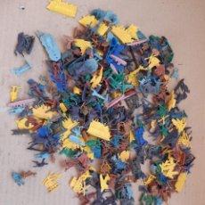 Figuras de Goma y PVC: LOTE DE MÁS DE 350 FIGURAS MONTAPLEX ANTIGUAS. Lote 222493873
