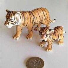 Figuras de Goma y PVC: SCHLEICH - TIGRES. Lote 222648097