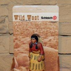 Figuras de Goma y PVC: SCHLEICH - WILD WEST - MUJER MADRE SIOUX - NUEVA A ESTRENAR - REF 70307. Lote 222713287