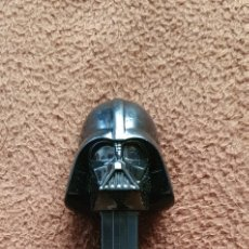 Dispensador Pez: DISPENSADOR DE CARAMELOS DARTH VADER STAR WARS. Lote 222879318