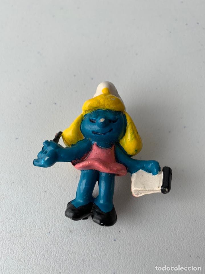 FIGURA PVC LA PITUFINA CON LIBRETA PITUFO - BOOTLEG SIN MARCA MUÑECO DURO (Juguetes - Figuras de Goma y Pvc - Schleich)