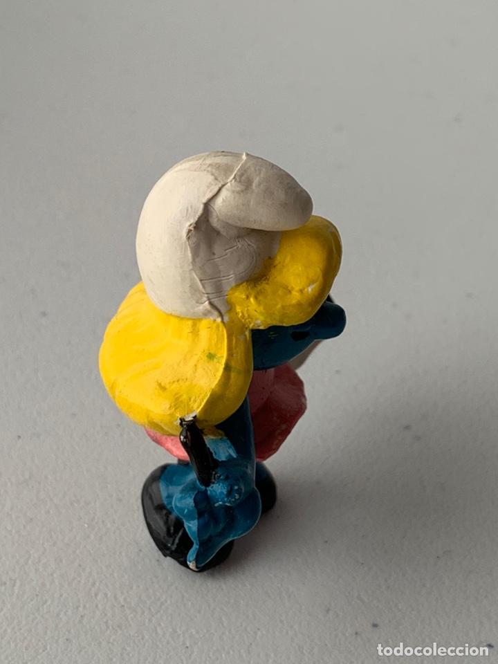 Figuras de Goma y PVC: FIGURA PVC LA PITUFINA CON LIBRETA PITUFO - BOOTLEG SIN MARCA MUÑECO DURO - Foto 3 - 222996876