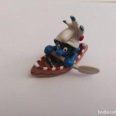 Figuras de Goma y PVC: PITUFO INDIO EN CANOA. Lote 223055195