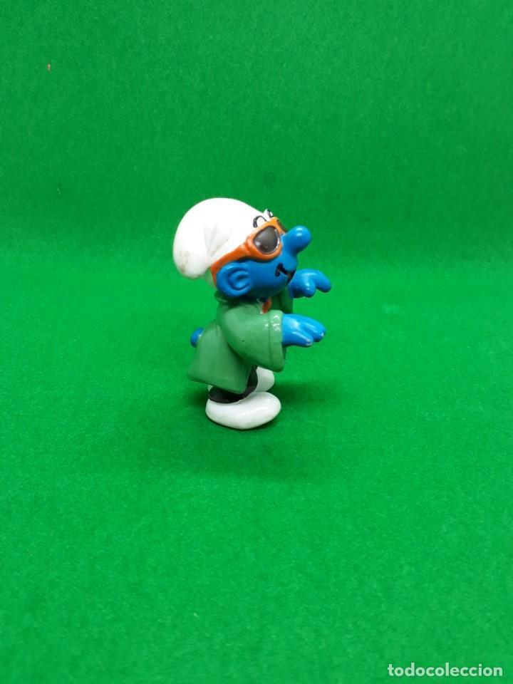 Figuras de Goma y PVC: Figura Pitufo Gafas Oscuras Y Corbata - Peyo Schleich - 5 CM alto - Año 1997 - PVC - Foto 3 - 223591941
