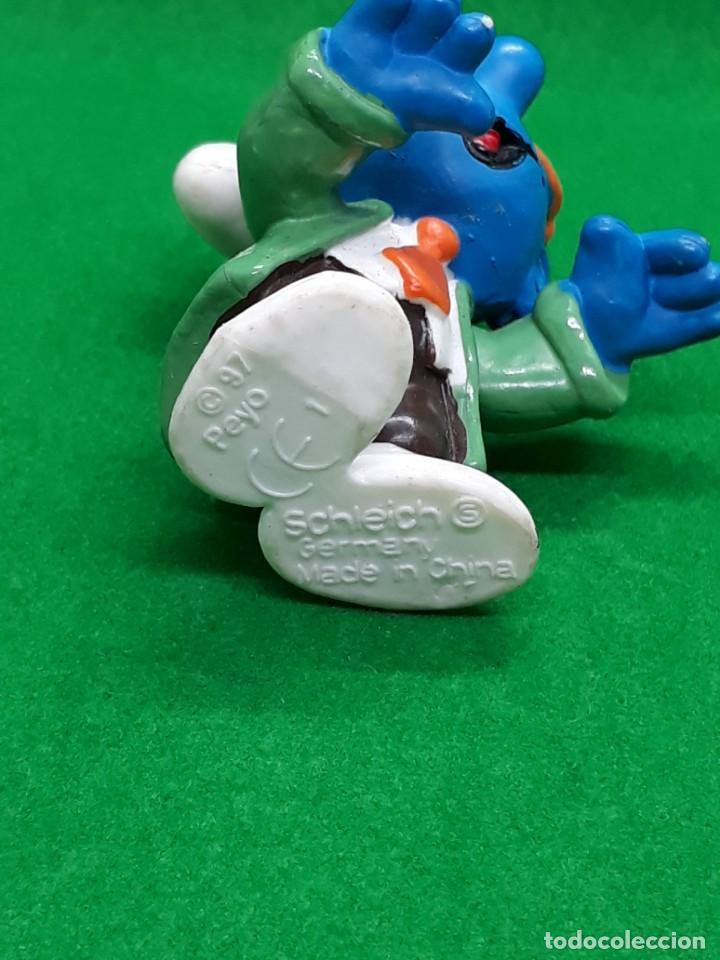 Figuras de Goma y PVC: Figura Pitufo Gafas Oscuras Y Corbata - Peyo Schleich - 5 CM alto - Año 1997 - PVC - Foto 6 - 223591941