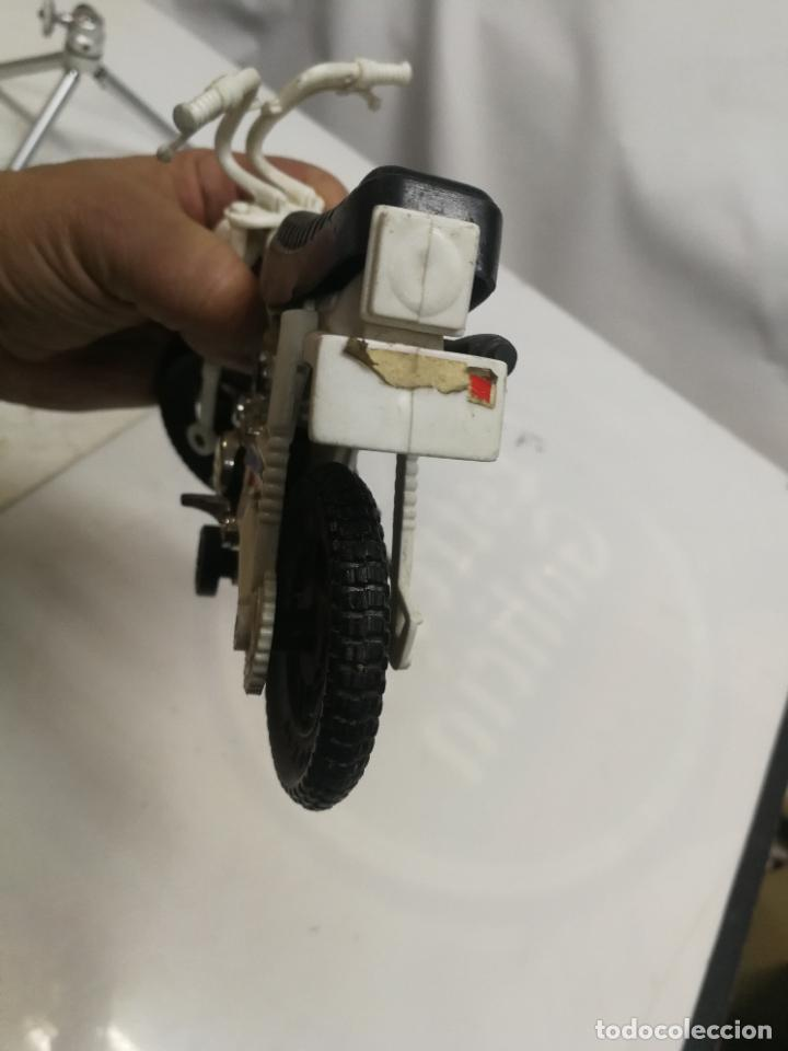 Figuras de Goma y PVC: MOTO TRIAL CROS YAMAHA 75 DE SHAMBERS SHAMBERS VALENCIA PLASTICO - Foto 7 - 223663225