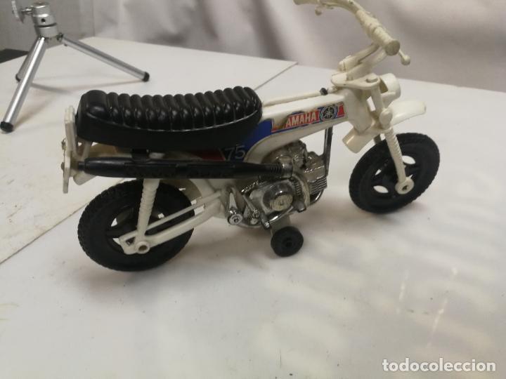 MOTO TRIAL CROS YAMAHA 75 DE SHAMBER'S SHAMBERS VALENCIA PLASTICO (Juguetes - Figuras de Goma y Pvc - Pipero)