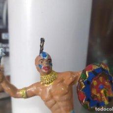 Figure di Gomma e PVC: FIGURA PVC COMANSI OESTE INDIOS Y VAQUEROS FART WEST TAMAÑO GRANDE LAFREDO 100 MM. Lote 223773025