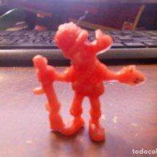 Figuras de Borracha e PVC: MORTADELO SOLDADO, DUNKIN CROPAN. MIDE 3,3 CM. ALTO, COLOR ROJO. Lote 223976323