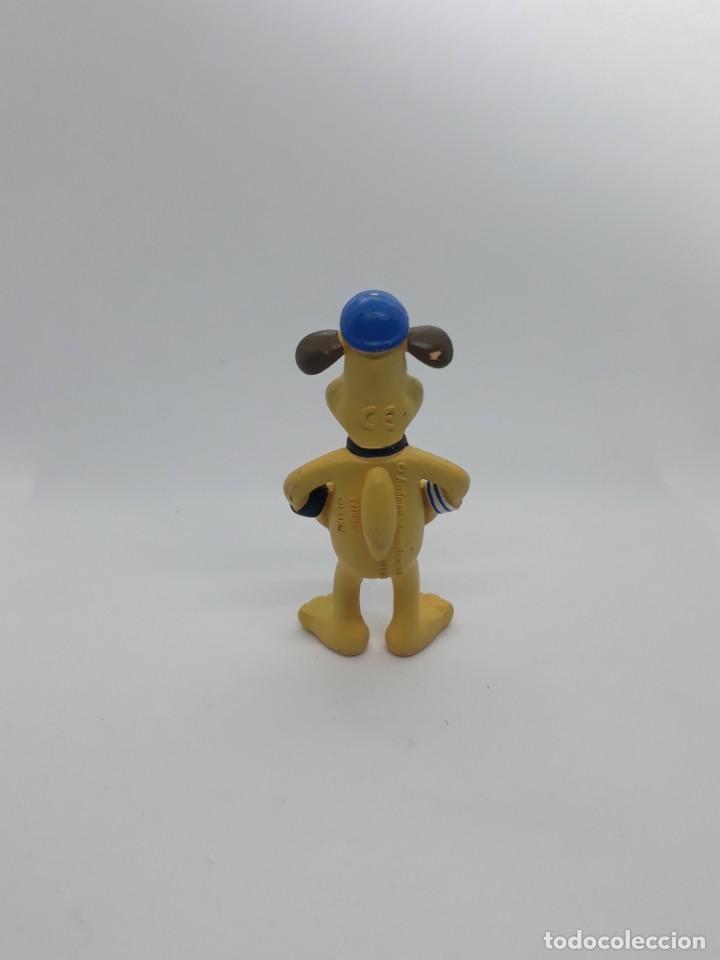 Figuras de Goma y PVC: Figura Perro Bitzer Personaje Obeja Shaun - Comansi - 8.5 CM alto - Año 2015 - PVC - Foto 2 - 224081942