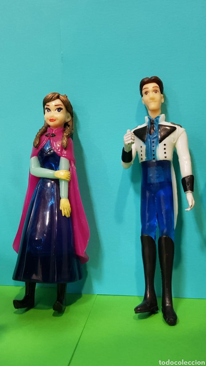 Figuras de Goma y PVC: FROZEN - Lote 5 figuras - ANNA, ELSA, Kristoff, Swen, Flynn Rider - Foto 3 - 224259225