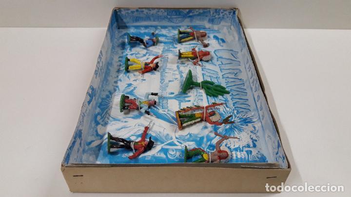 Figuras de Goma y PVC: CAJA DE INDIOS Y VAQUEROS - CARAVANA DEL OESTE . REALIZADA POR M. SOTORRES . ORIGINAL AÑOS 60 - Foto 6 - 224452793