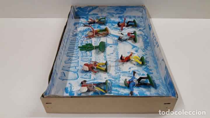 Figuras de Goma y PVC: CAJA DE INDIOS Y VAQUEROS - CARAVANA DEL OESTE . REALIZADA POR M. SOTORRES . ORIGINAL AÑOS 60 - Foto 7 - 224452793