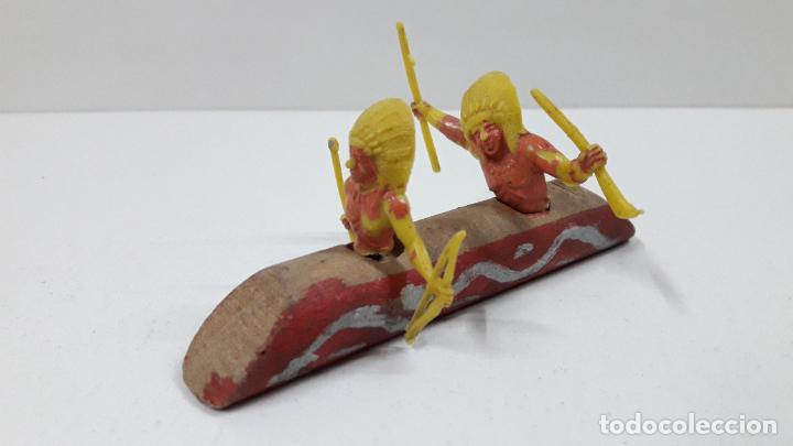 Figuras de Goma y PVC: CANOA INDIA . RALIZADO POR ALCA - CAPELL / SOTORRES . ORIGINAL AÑOS 50 / 60 EN MADERA Y PLASTICO - Foto 2 - 224566108