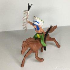 Figuras de Goma y PVC: JEFE INDIO A CABALLO DE PECH. Lote 224721450