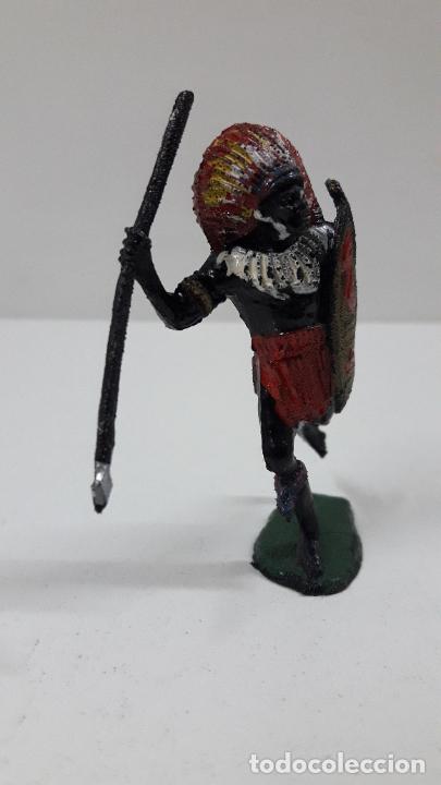 Figuras de Goma y PVC: GUERRERO AFRICANO NEGRO . REALIZADO POR TEIXIDO . SERIE SAFARI . ORIGINAL AÑOS 60 - Foto 4 - 224772368