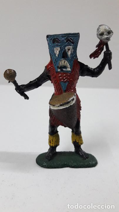 BRUJO - HECHICERO AFRICANO NEGRO . REALIZADO POR TEIXIDO . SERIE SAFARI . ORIGINAL AÑOS 60 (Juguetes - Figuras de Goma y Pvc - Teixido)