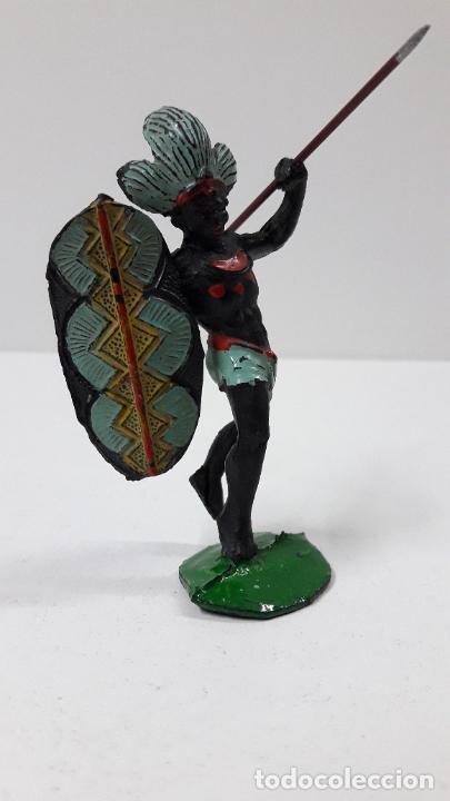 Figuras de Goma y PVC: GUERRERO AFRICANO NEGRO . REALIZADO POR ARCLA . ORIGINAL AÑOS 50 EN GOMA - Foto 4 - 224775690