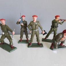 Figuras de Goma y PVC: PARACAIDISTAS, STARLUX FRANCE, AÑOS 70, COMPATIBLES CON SOLDADOS DE JECSAN, PECH Y OTROS.. Lote 224889535