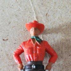 Figuras de Goma y PVC: STARLUX - PISTOLERO. Lote 225107662