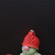 Figuras de Goma y PVC: DIFÍCIL FIGURA FRAGGEL ROCK DE GOMA SCHLEICH CURRIS AÑOS 80 JIM HENSON. Lote 225318755