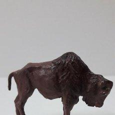 Figuras de Goma y PVC: BISONTE . REALIZADO POR GAMA . SERIE PLANA . ORIGINAL AÑOS 50 EN GOMA. Lote 225335020