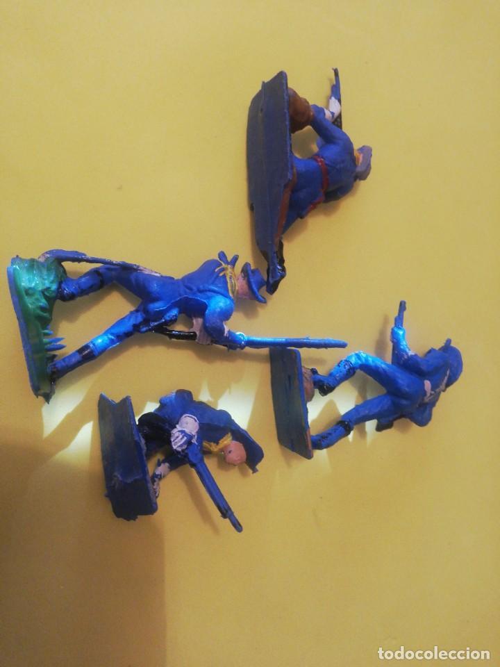 Figuras de Goma y PVC: Americanos federales pech plástico años 70 - Foto 2 - 225762285