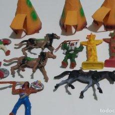 Figuras de Goma y PVC: COMANSI CABAÑAS INDIOS TÓTEM Y CABALLOS. Lote 226963300
