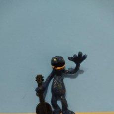 Figuras de Goma y PVC: COMICS SPAIN,COCO BANJO. Lote 227090290