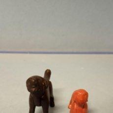 Figuras de Goma y PVC: PAREJA DE PERROS. MEDIDAS 6*3 CM, 4*2 CM.. Lote 227123680