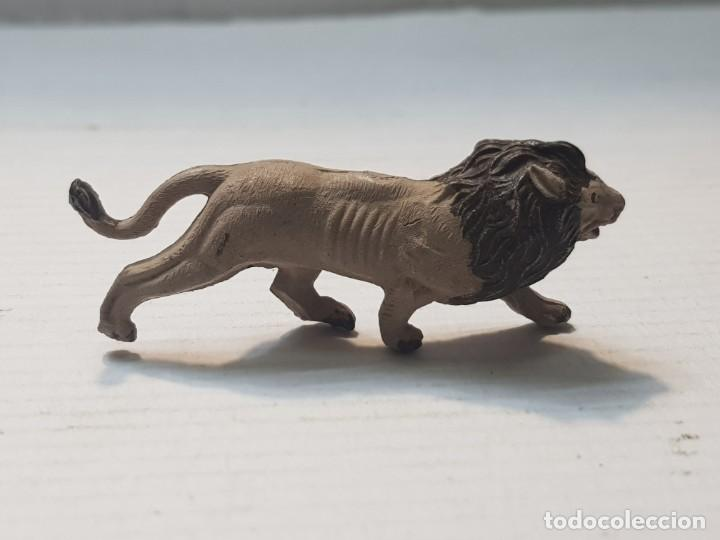 FIGURA CAPELL ANIMALES SALVAJES LEON GOMA DURA (Juguetes - Figuras de Goma y Pvc - Capell)