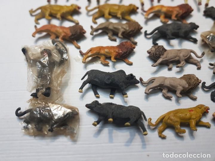 Figuras de Goma y PVC: Figura Capell animales Salvajes lote 35 figuras goma dura alguna dificil - Foto 3 - 227561480
