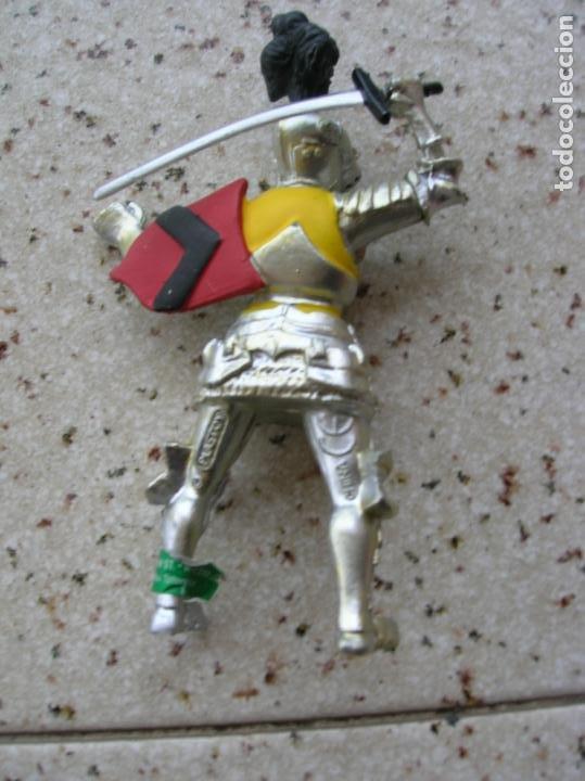 Figuras de Goma y PVC: figura medieval - Foto 2 - 227570025