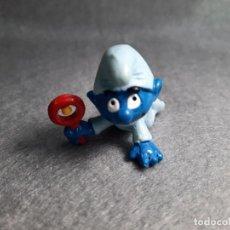 Figuras de Goma y PVC: BEBÉ AZUL CON SONAJERO - PEYO - SCHLEICH. Lote 227588885