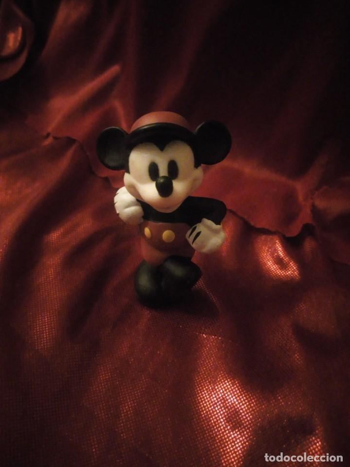 Figuras de Goma y PVC: Figura mickey mouse jugador de cricket disney china. - Foto 1 - 227613870