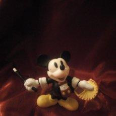 Figuras de Goma y PVC: FIGURA MICKEY MOUSE MAGO DISNEY CHINA.. Lote 227613960