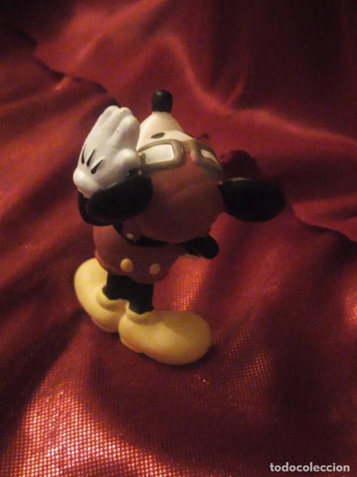 Figuras de Goma y PVC: Figura mickey mouse piloto de avion disney china. - Foto 3 - 227614025