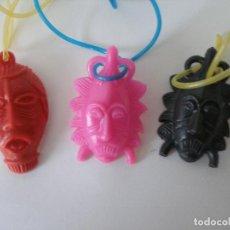 Figuras de Goma y PVC: LOTE DE TRES COLGANTES MÁSCARAS AFRICANAS KIOSKO AÑOS 70 - 80 , SIN USO. Lote 67411889