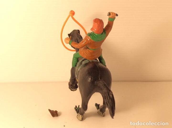 Figuras de Goma y PVC: FIGURA DE CRISPIN A CABALLO DE CAPITAN TRUENO DE ESTEREOPLAST - Foto 3 - 227821645