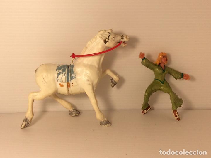 Figuras de Goma y PVC: FIGURA DE SIGRID A CABALLO DEL CAPITAN TRUENO DE ESTEREOPLAST - Foto 5 - 227822490
