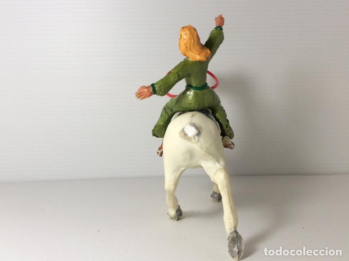 Figuras de Goma y PVC: FIGURA DE SIGRID A CABALLO DEL CAPITAN TRUENO DE ESTEREOPLAST - Foto 6 - 227822490