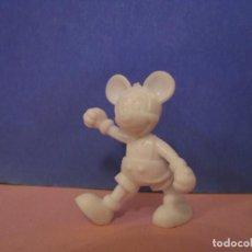 Figuras de Goma y PVC: FIGURA DE DUNKIN DISNEY. MICKEY MOUSE. BLANCA.. Lote 228197185